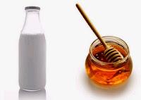 Miel Y Leche en botellas