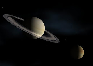 La NASA descubre surcos de hielo con apariencia luminosa en Titán