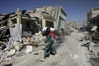 Temen epidemias en Haití, que estudia quemar cuerpos y evacuaciones masivas. EFE