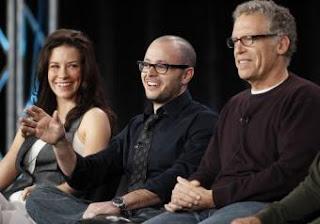 Evangeline Lilly, Kate en Perdidos, durante la rueda de prensa junto a los productores ejecutivos Damon Lindelof y Carlton Cuse. REUTERS