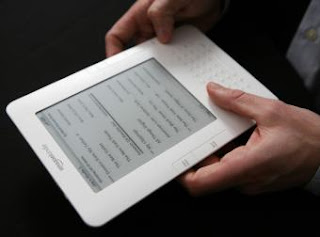 Amazon busca renovar el Kindle para competir con el iPad