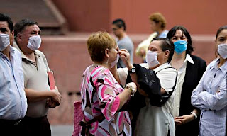 Los infectados por gripe A superan los 15.500 en 53 países del mundo. AP