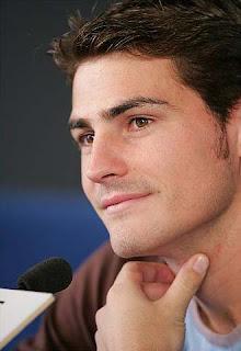 Iker Casillas comienza hoy su visita a Mali como embajador de la ONG Plan Internacional