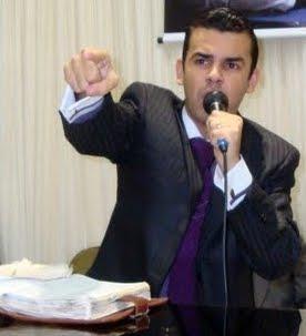 Conf. Rafael Cavalcanti