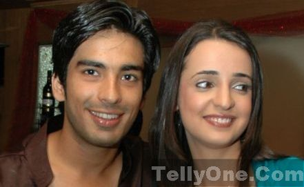 Sanaya Irani and Mohit Sehgal in relationship: Gunjan and Samrat in