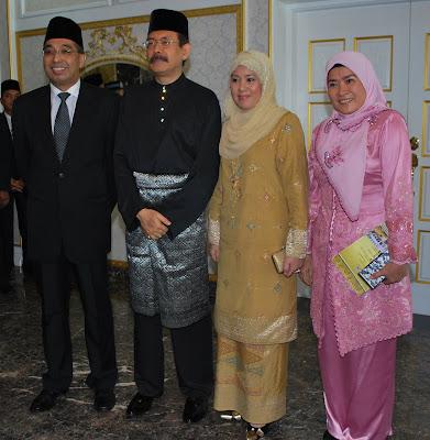 Bekas Speaker Dewan Undangan Negeri Sabah, Datuk Seri Juhar Mahiruddin ...