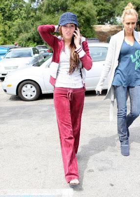 Miley Cyrus  on Shine A Light Webnovela Nick Y T     Cap  Tulo 4 La B  Squeda De Novia