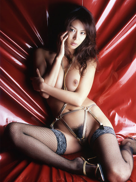 Honoka maki japanese idol nude