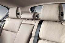 BMW 1 Headrests in centre