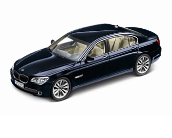 BMW 750i Blue miniature