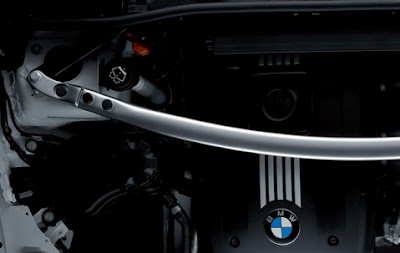 BMW Suspension cross-brace in aluminium