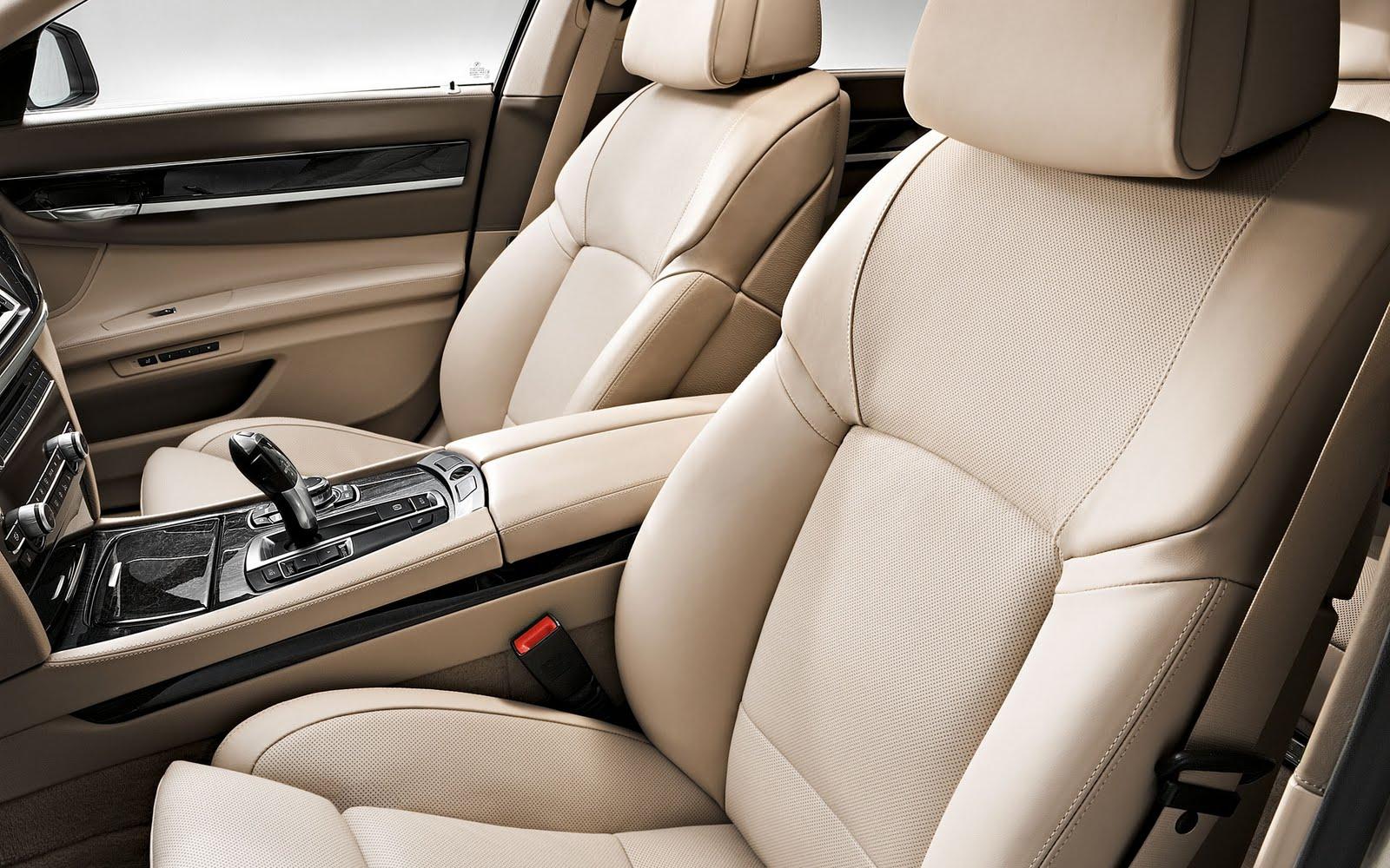 2011 BMW 750i Interior
