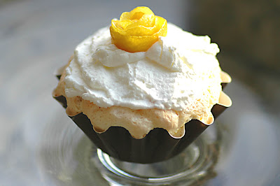Savoring Time in the Kitchen: Lemon Angel Food Cupcakes ...