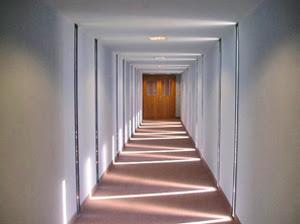 Acto sin palabras - Focos pasillo ...