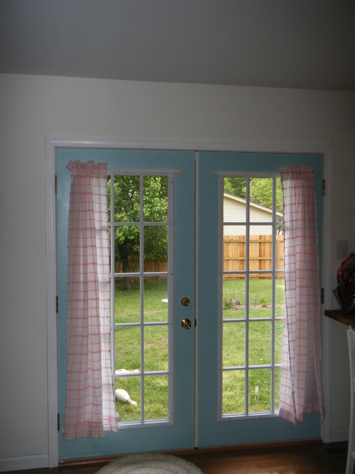 makin 39 projiks april 2010. Black Bedroom Furniture Sets. Home Design Ideas