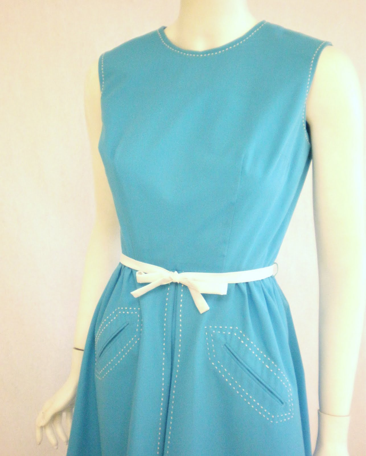 Pintucks: 1960\'s Dress: Turquoise for Spring and Summer