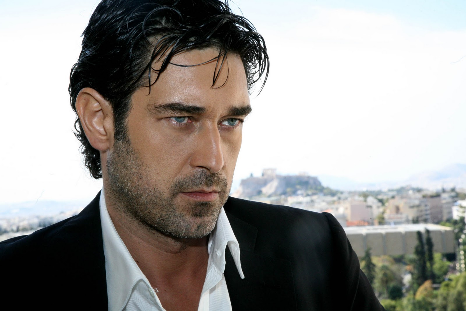 ezel guys Ezel (2009–2011) crime  it's about the changing life of bahar, who confronts the dark guys who are pursuing the software that the deceased mother produces.