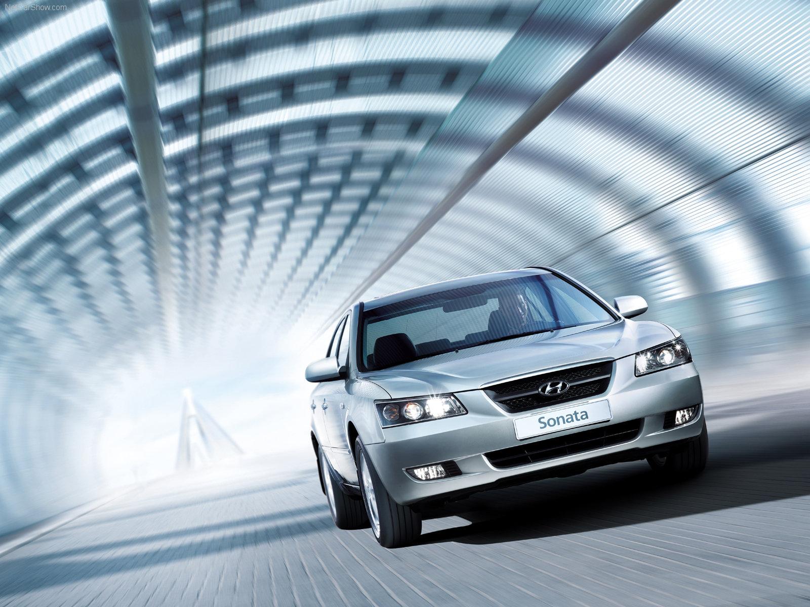 http://3.bp.blogspot.com/_D5hgPjGJZ54/TC78y4cjMxI/AAAAAAAADCo/6XQaqW90_z0/s1600/Hyundai-Sonata_2005_1600x1200_wallpaper_04.jpg