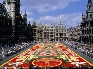 [la_grand_place_bruselas-300x225.jpg]