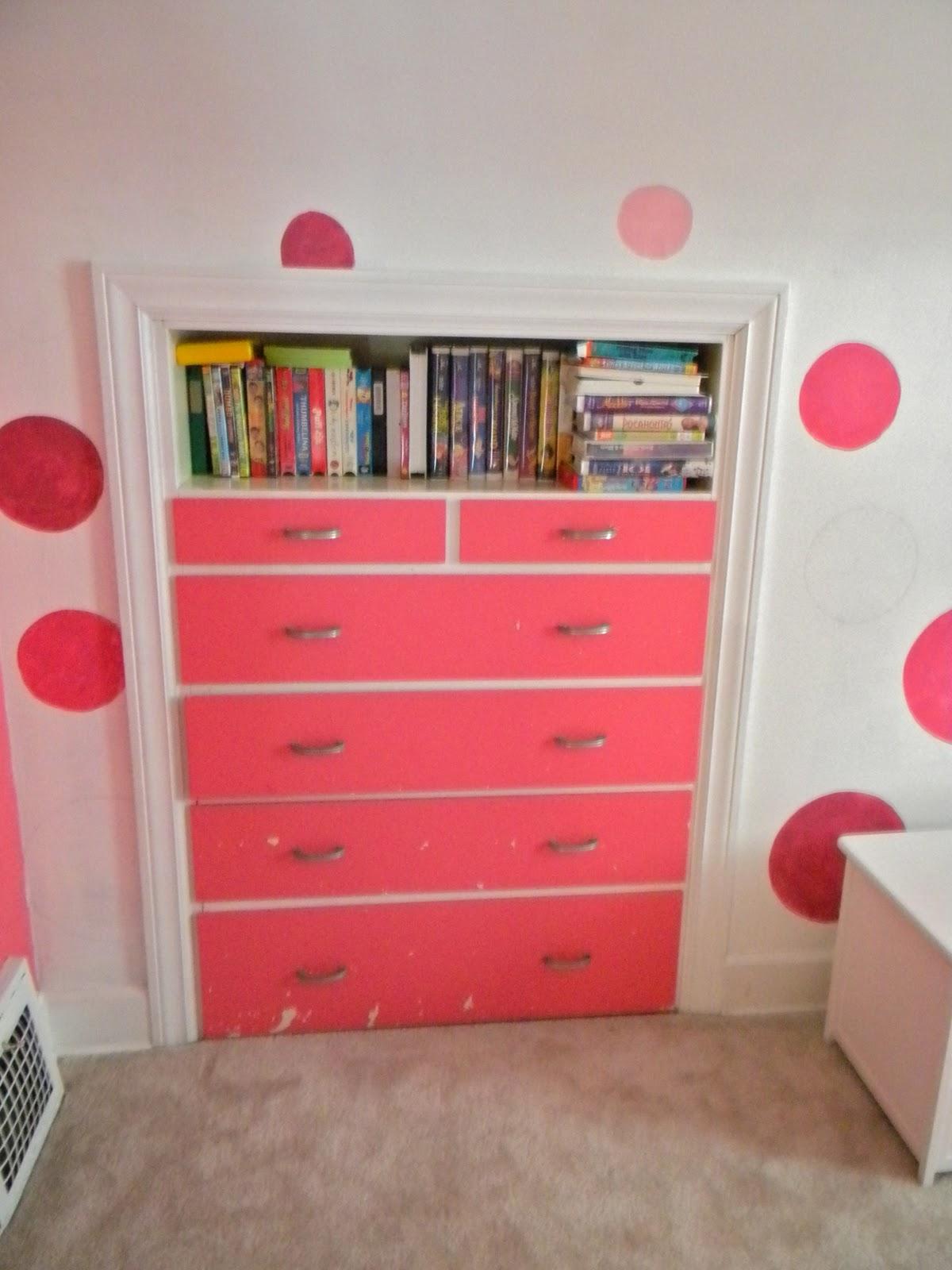 Fingerprints on the fridge little girls bedroom makeover for Bedroom ideas 18 year old