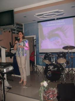 Dra.Beatriz dando Palestra