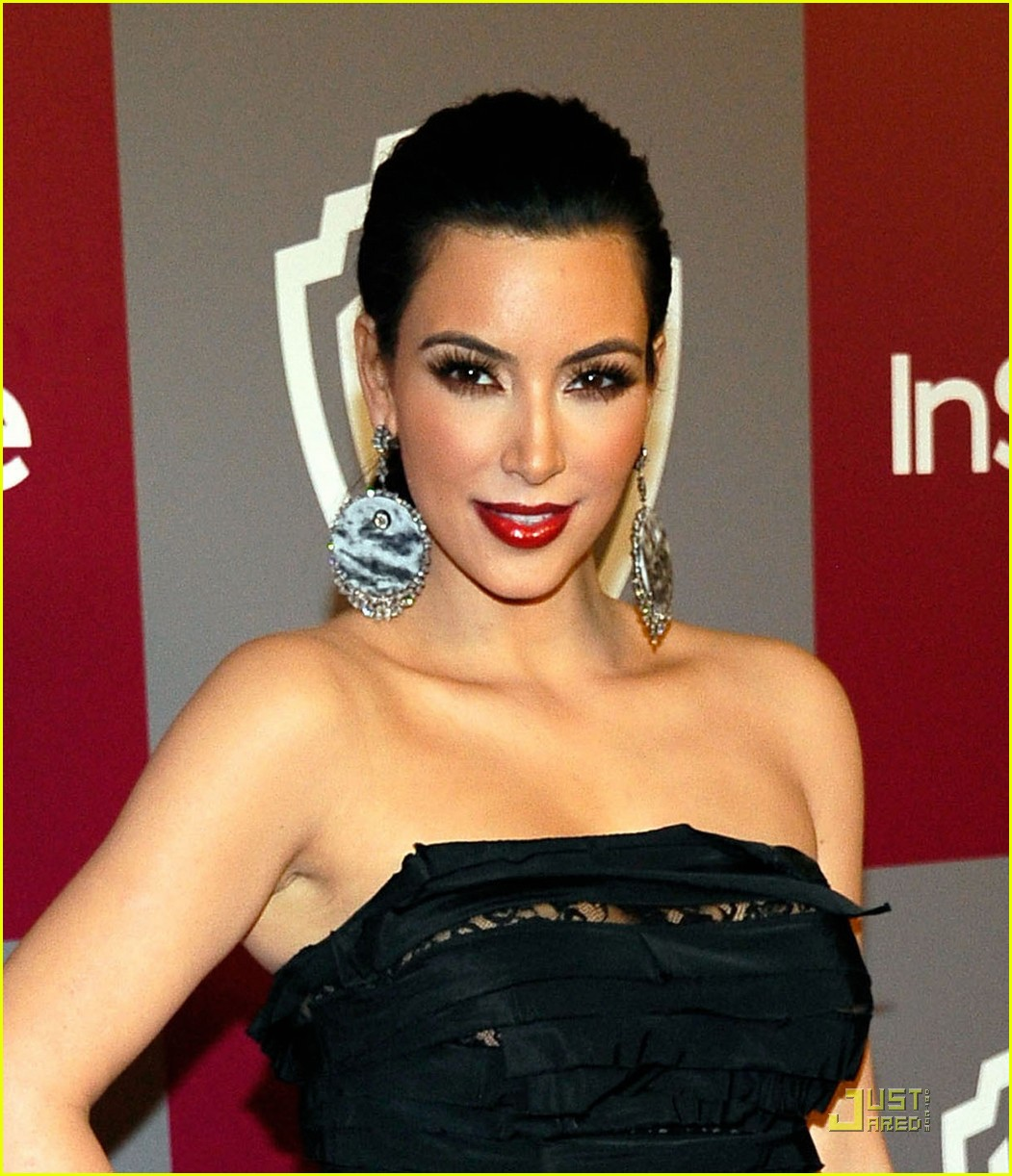 http://3.bp.blogspot.com/_D8F3i-eBOGM/TTR7dkyL48I/AAAAAAAACr0/yeJCDr4L1pw/s1600/kim-kardashian-instyle-party-01.jpg