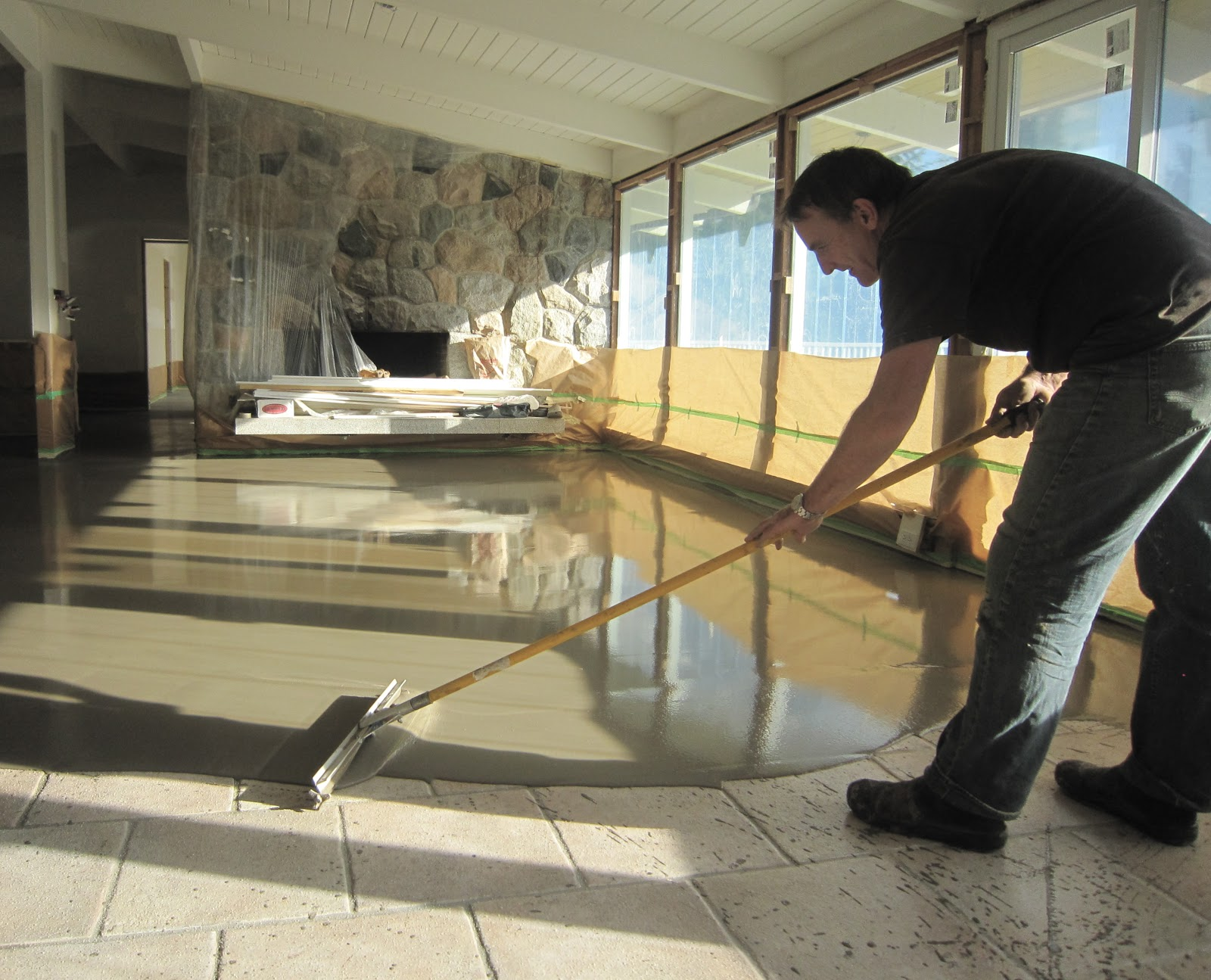Polished concrete micro-topping: November 2010