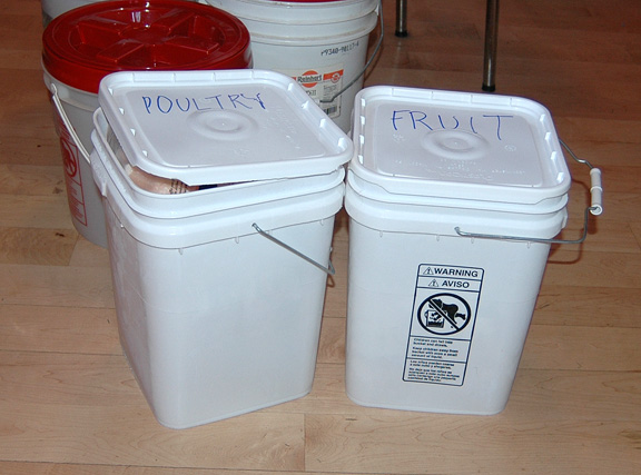 And the other thing I wanted to tell you about was that I found an eBay seller who sells 4-1/2-gallon square buckets with lids and handles food grade ... & Shallow Thoughts from Iowa: Long-term food storage solutions *