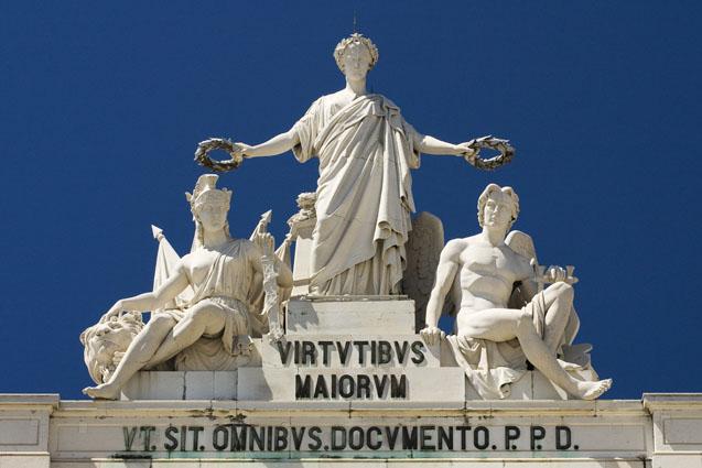Às virtudes dos Maiores... - Arco da Rua Augusta, Lisboa
