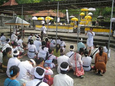 "Tirta Yatra Pendidikan Kesetaraan ""Saraswati"" UPT SKB Dinas Dikpora Kota Denpasar"