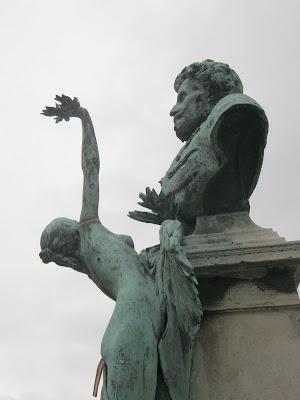Szarvas Gábor, public art, Budapest, V. kerület, belváros, Roosevelt, MTA, Akadémia, statue, szobor, street-art, best of, pedo