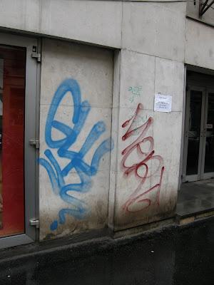 street-art,  graffiti,  tag,  teg,  writer, Budapest, blog,  Vörösmarty mozi, Üllői út, VIII. kerület, Józsefváros