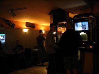 Dongó Cafe, kávézó, söröző, Kék Dongó, Újlipótváros, kocsma, XIII. kerület
