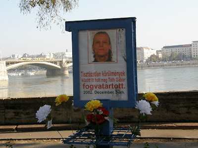 Tóth Gábor, mementó, halotti emlékmű, Budapest, I. kerület