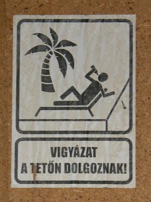 Kétfarkú Kutya Párt,  belváros,  Szemere utca, Budapest,  plakát, street art