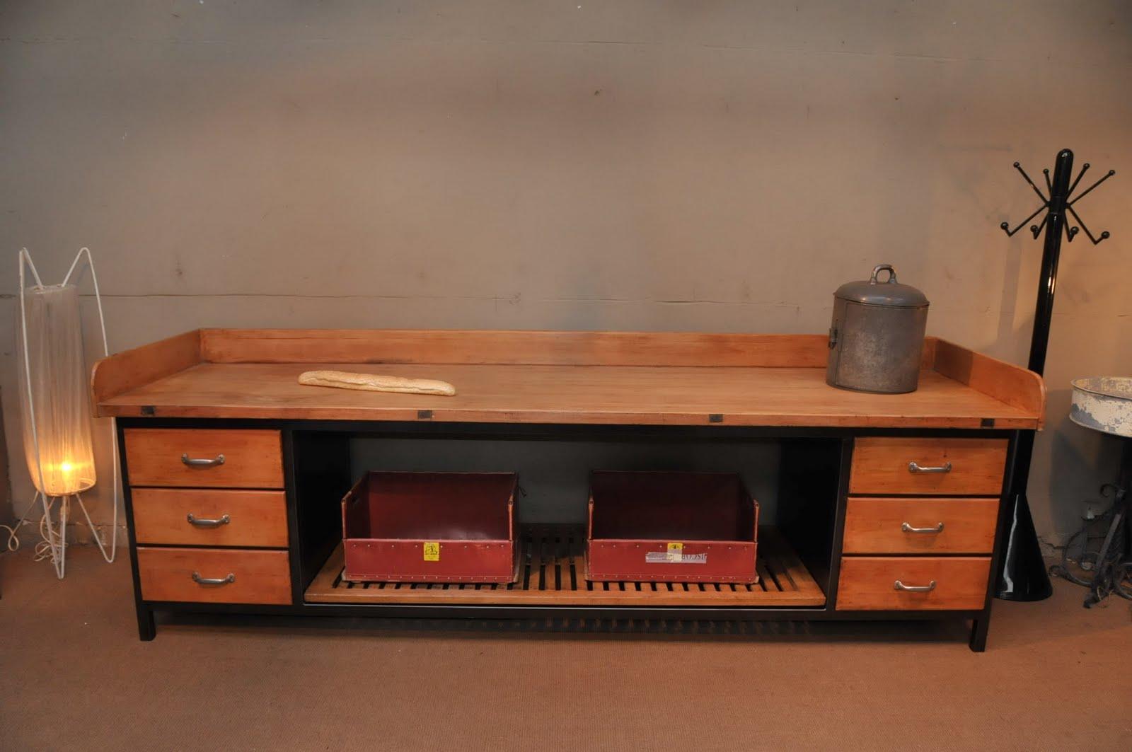 le grenier brocante industrielle meuble de boulangerie. Black Bedroom Furniture Sets. Home Design Ideas