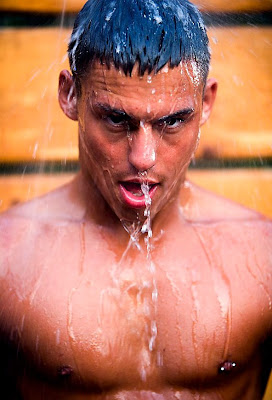 gaydreamblog sexy guy gay getting wet and soaked