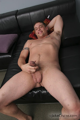gaydreamblog gay hot sexy hunk guy muscle marcus from jake cruise jerks off
