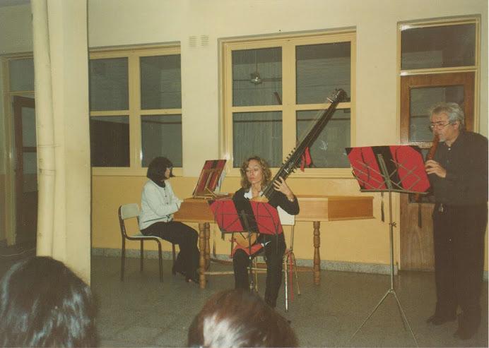 Maestro Cosla y Agrupación Renacentista