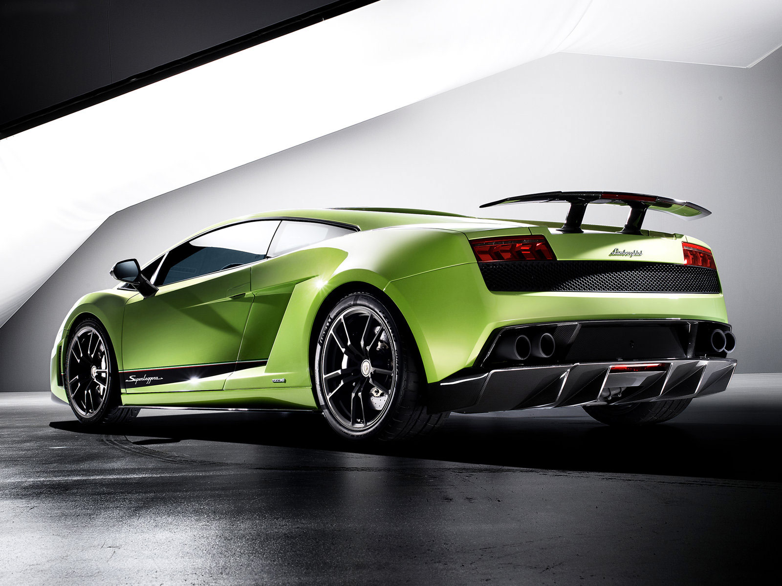 Zedge | Forums: Do U prefer Lamborghini or Ferrari? - page 20 ...