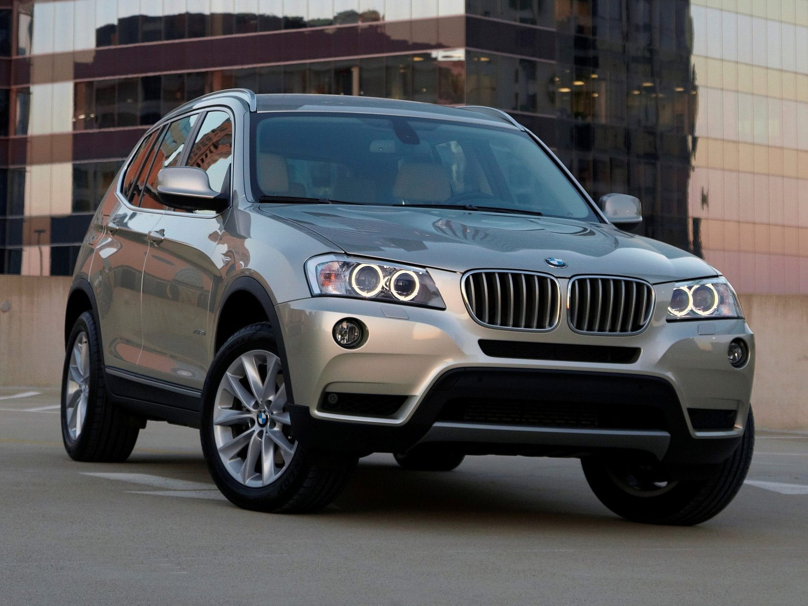 2011 bmw x3 xdrive35i car accident lawyers info pictures. Black Bedroom Furniture Sets. Home Design Ideas