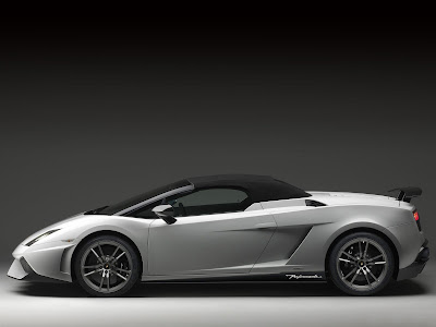 http://3.bp.blogspot.com/_DEP49tusZwg/TOSjJRvLAaI/AAAAAAAACWc/WgjIbTeNawc/s1600/Lamborghini_Gallardo_LP570-4_Spyder_Performante_2011_3.jpg