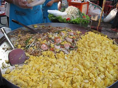 pad thai in chiang mai