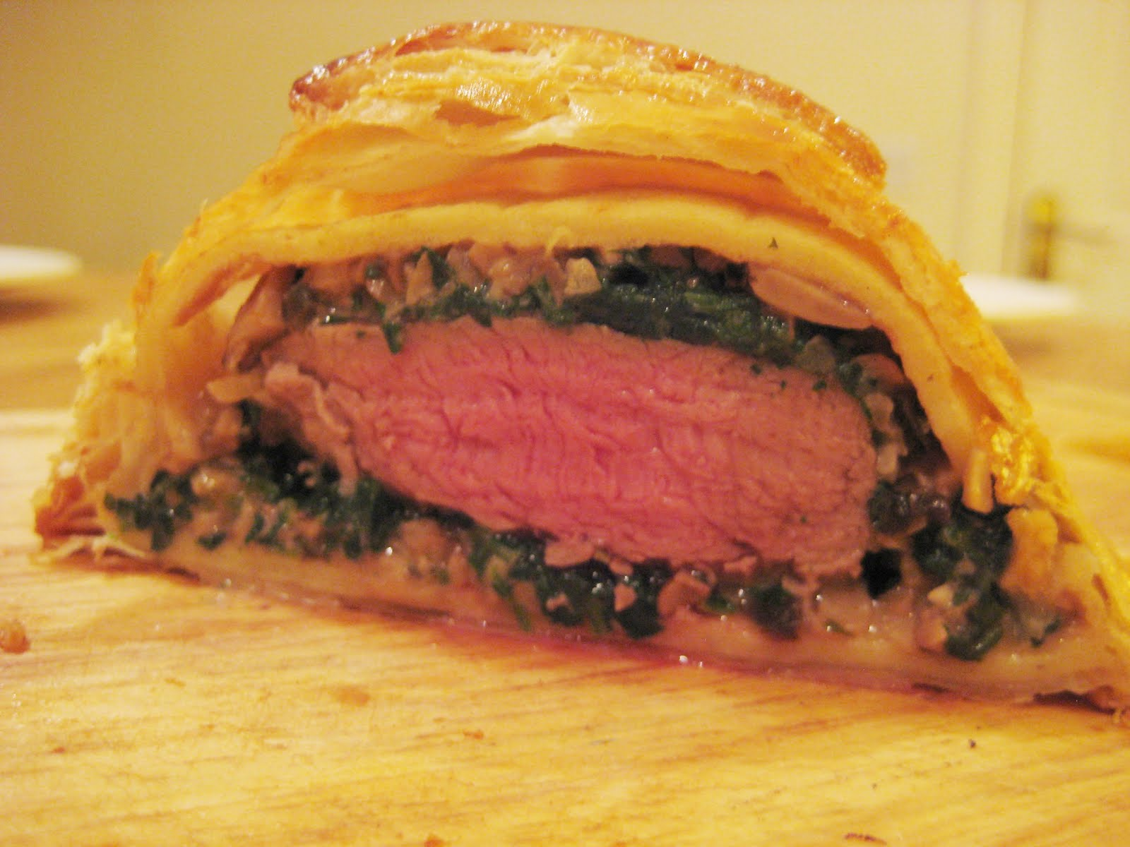 how to cook beef wellington with pate
