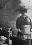Muller vendendo cabazas