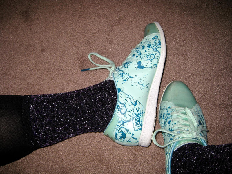 sparkly purple leopard print socks sf/bay area blogger meetup outfit teal pashmina black shorts fafi for adidas