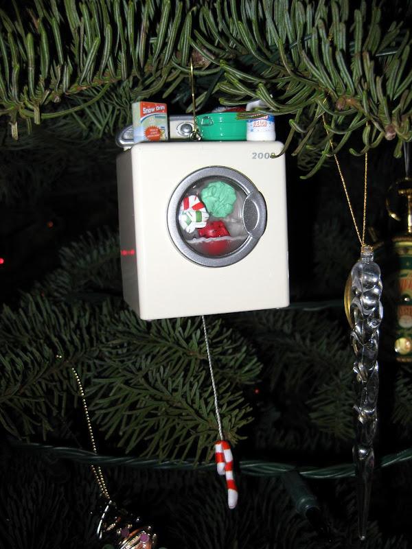 christmas 2009 tree & ornaments