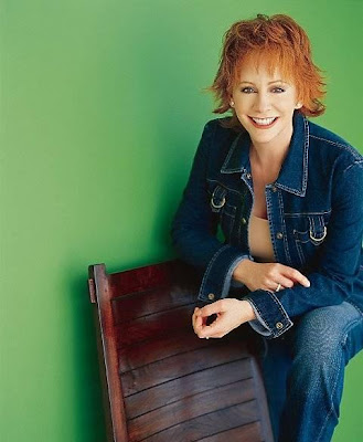 Slym pickings country sure looks good to me reba mcentire for How many kids does reba mcentire have