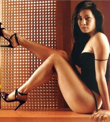 lucy lui naked