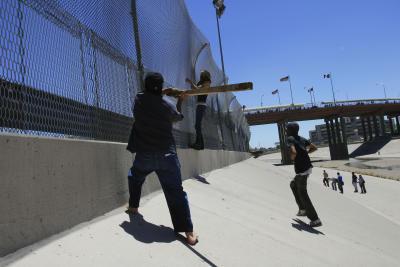 Border patrol state silko essay